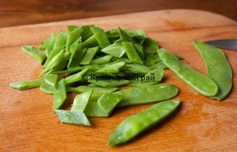 snow-pea-cheese-salad-1